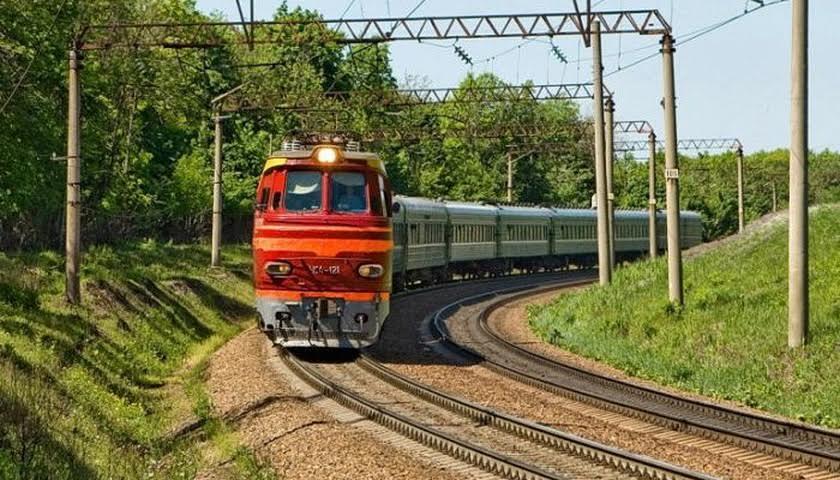 «Укрзалізниця» відмінила потяг Харків – Ужгород