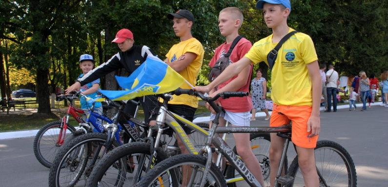 До Дня Незалежності в Ямполі відбувся патріотичний велопробіг
