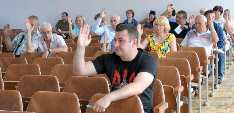 🔴 📸 В Ямполі відбулась чергова сесія районної ради
