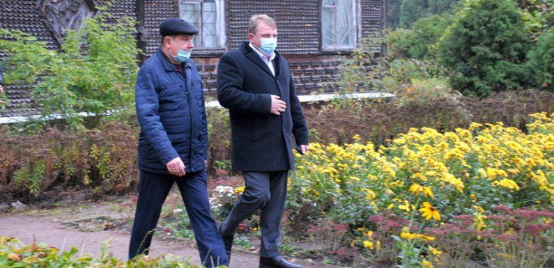 Голова облдержадміністрації зустрівся з колективом районної станції юннатів