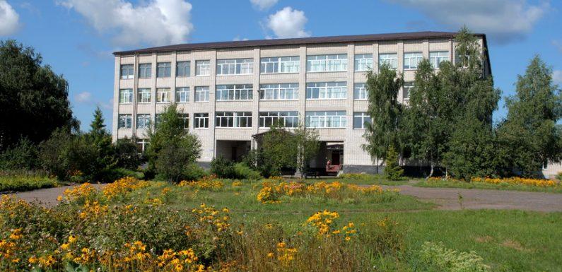 В Ямпільській загальноосвітній школі І-ІІІ ступенів № 2 відновлюється очна форма навчання