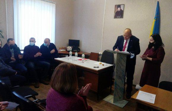 В Свесі обрали секретаря селищної ради та заступників селищного голови