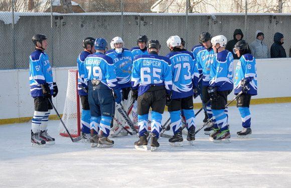 ХК «Дружба» поступився білопільчанам у першому матчі чвертьфіналу чемпіонату області з хокею