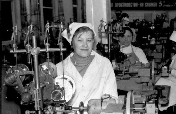 Фотоспогади про життя Ямпільського механічного заводу в 80-х роках