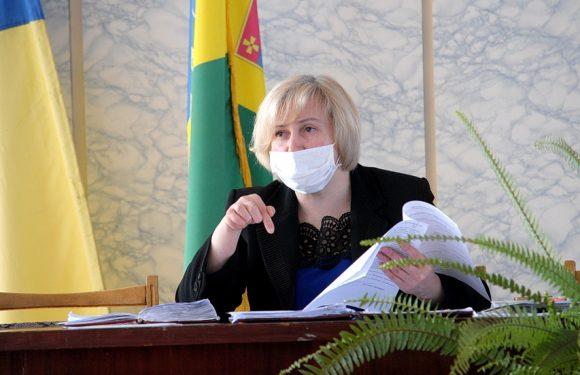 Ямпільська селищна рада позбавила Ольгу Губар щомісячних премій