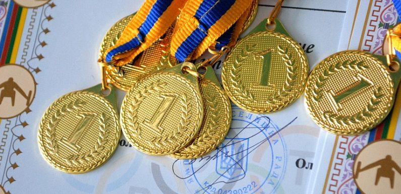 В Ямполі відбувся волейбольний турнір (фоторепортаж)