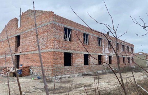 ДБР підозрює свесянина у афері на будівництві чотирьох казарм в Маріуполі, яка завдала державі понад 11 мільйонів збитків
