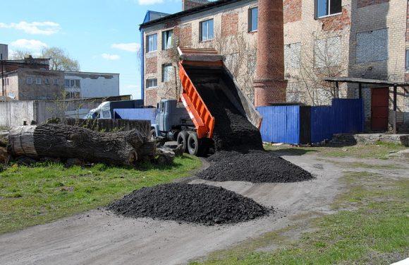 В Ямполі облаштували дорогу до відділення Нової пошти