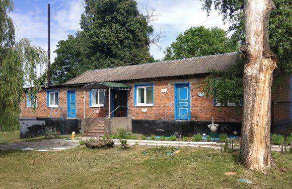 В селищній раді заявили, що дитячий садок по вулиці Бондарівка в Ямполі працюватиме і надалі
