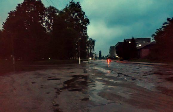 Ямпільчани скаржаться на невчасне ввімкнення вуличних ліхтарів