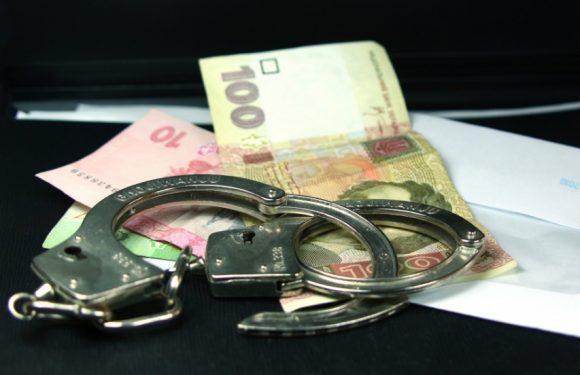 У Воздвиженському нетветезий водій запропонував поліцейським хабар