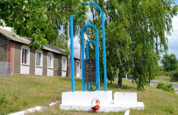 Сьогодні Ямпіль відзначає День звільнення: як радянські війська звільняли наше селище від окупантів