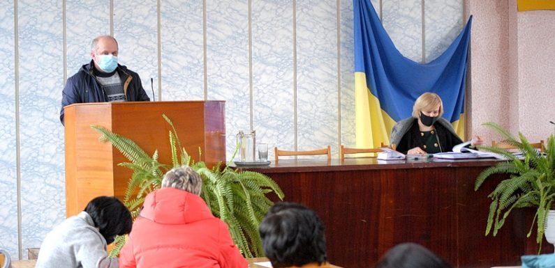На сьомій сесії Ямпільської селищної ради розглянули 115 питань