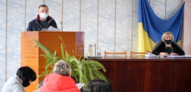 Півмільйона на шкільний автобус: куди ямпільські депутати спрямували кошти селищного бюджету