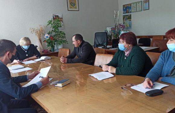 Селищна рада збирається залучити додаткові надходження до бюджету від ямпільських підприємств