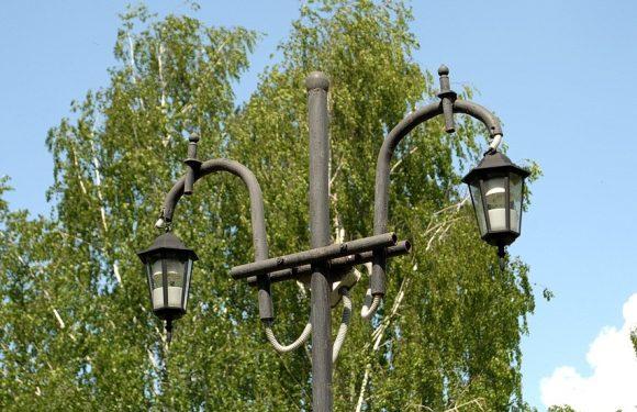 Ямпільчани скаржаться на освітлення в парку 50-ти річчя Перемоги