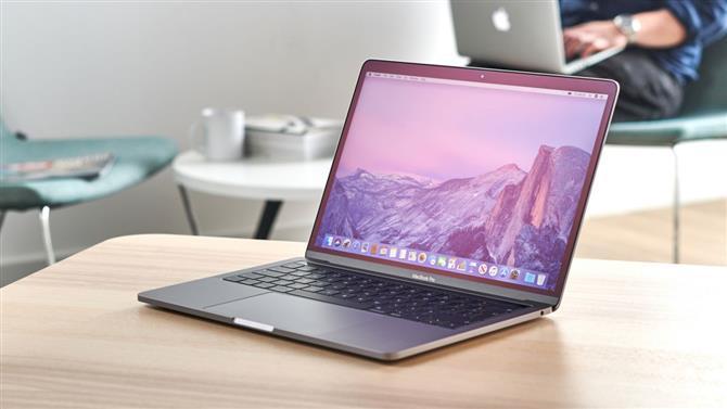 Где заказать macbook pro 13 2019?