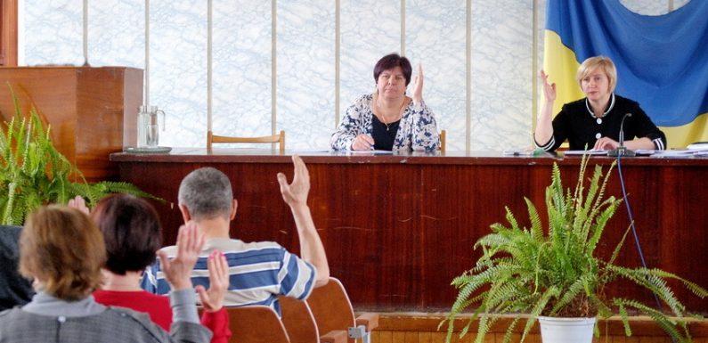 Ямпільська селищна рада виділила 32 тисячі гривень на ремонт своєї «Волги»