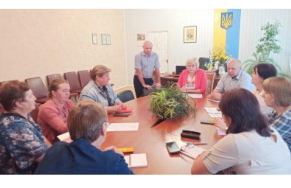 На рівні директорів: в Ямполі відбулась серпнева педагогічна конференція