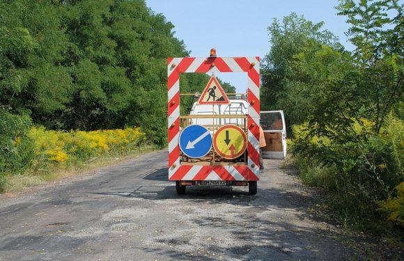 Між Ямполем та Орлівкою триває ямковий ремонт дороги