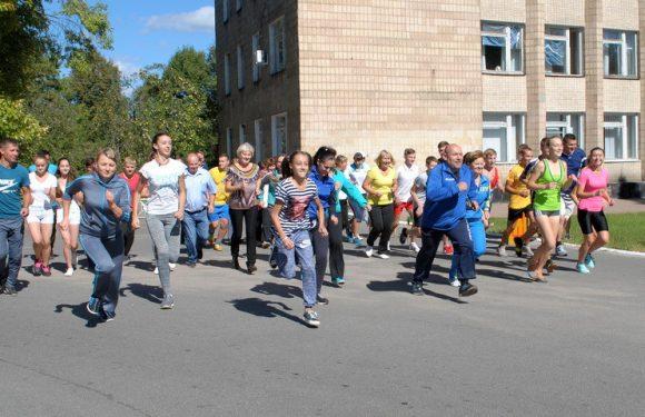 Як в Ямполі відзначали День фізичної культури та спорту в попередні роки