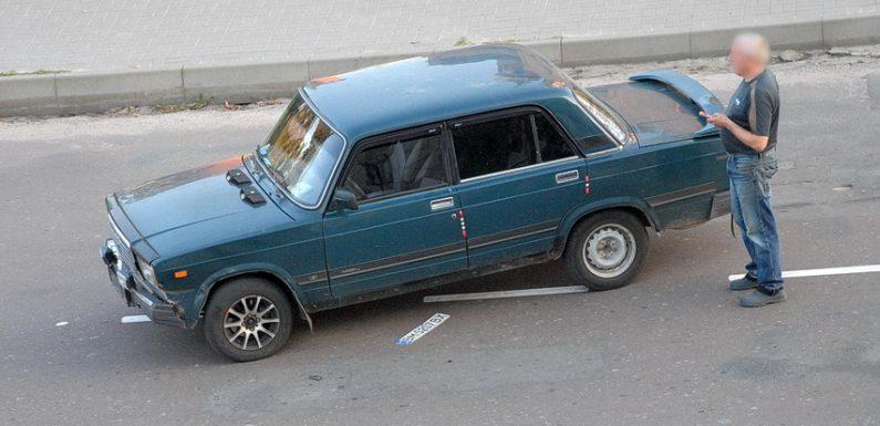 ДТП в центрі Ямполя: зіткнулись мотоцикл та легковий автомобіль